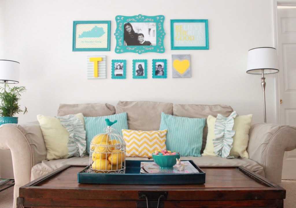 decorar sala branca:Inspiração: sala de estar nas cores turquesa e amarelo – Casinha