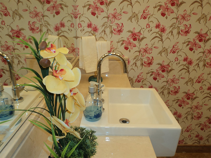 papel de parede no lavabo 1
