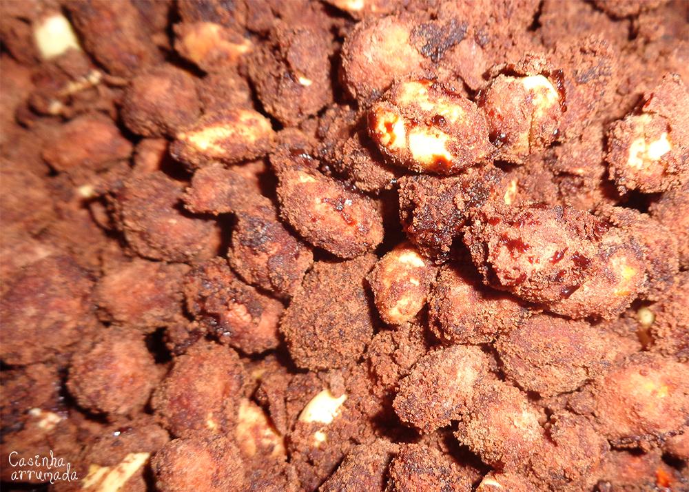 como fazer amendoim doce 4