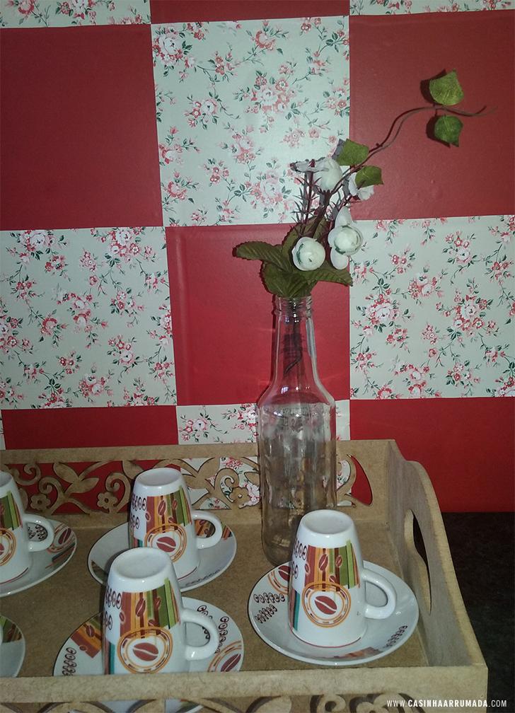 Decorando a parede da cozinha com papel contact 5