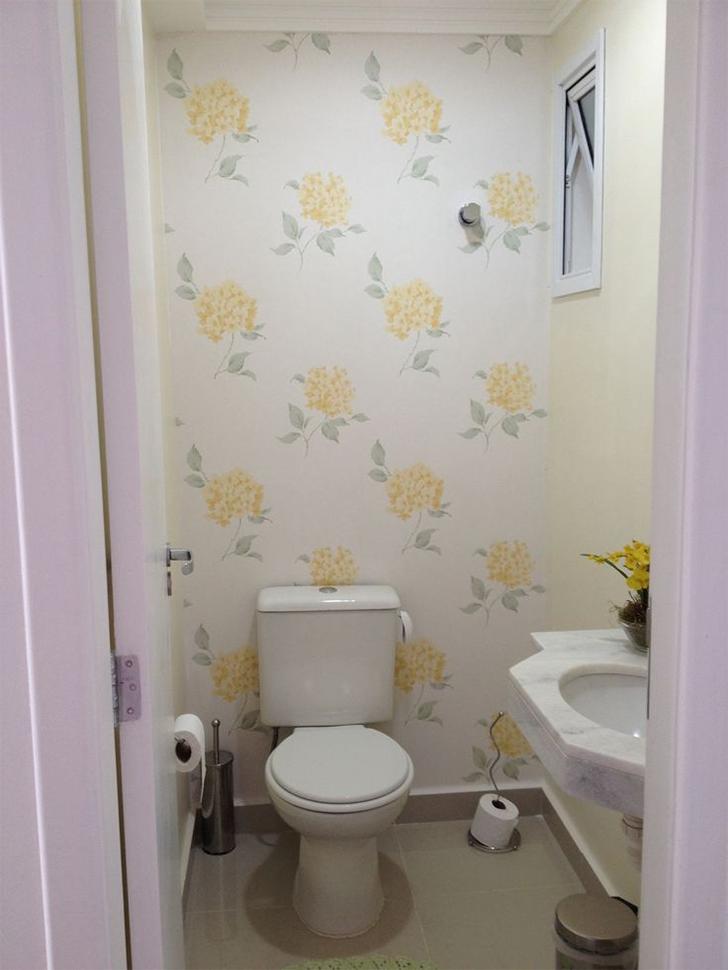 Como decorar lavabos pequenos 15 modelos inspiradores for Papel para paredes baratos
