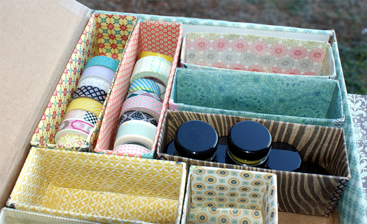 Como organizar gavetas reciclando materiais casinha arrumada - Como forrar un armario con tela ...