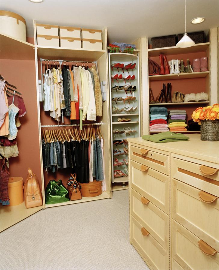 Como planejar decorar e organizar um closet pequeno for Walk in closet ideas for teenage girls