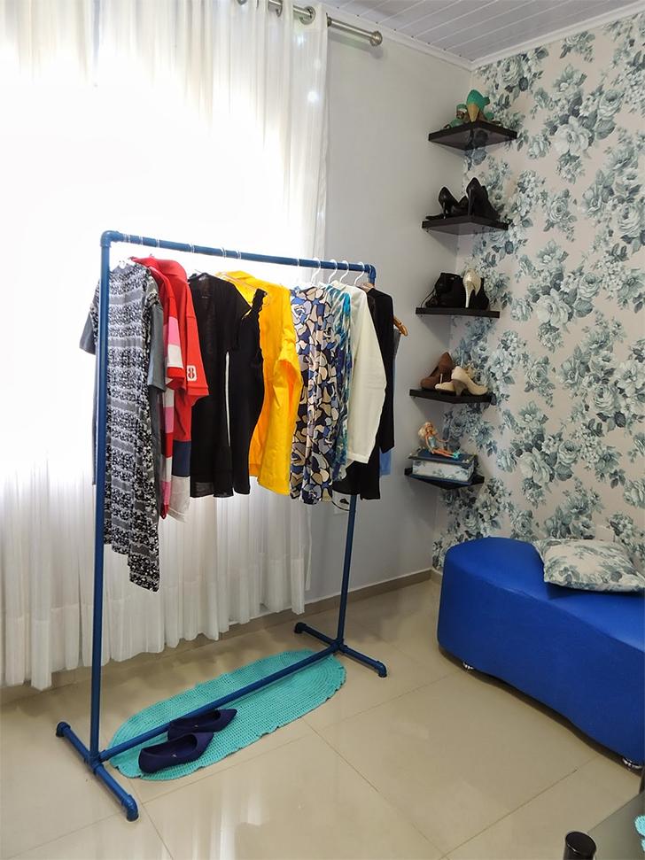 10 inspirações de closets pequenos, charmosos e baratinhos (que você mesma pode fazer) 5