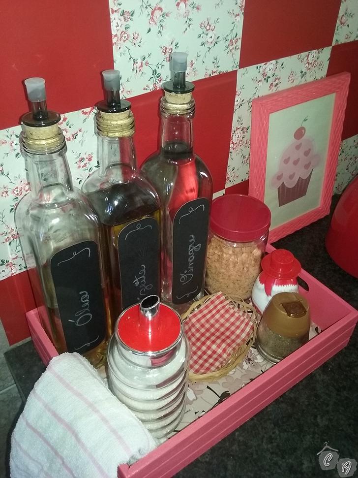 DIY Bandeja porta temperos para decorar e organizar a cozinha  Casinha Arru # Decorar Cozinha Diy