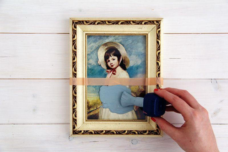 personalize com tinta molduras e quadros antigos 1