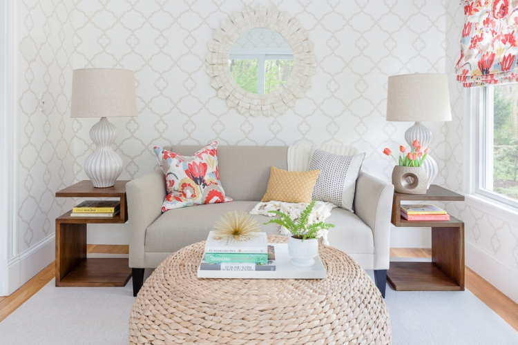 O modelo de sof ideal para salas pequenas casinha arrumada for Sofas cheslong pequenos