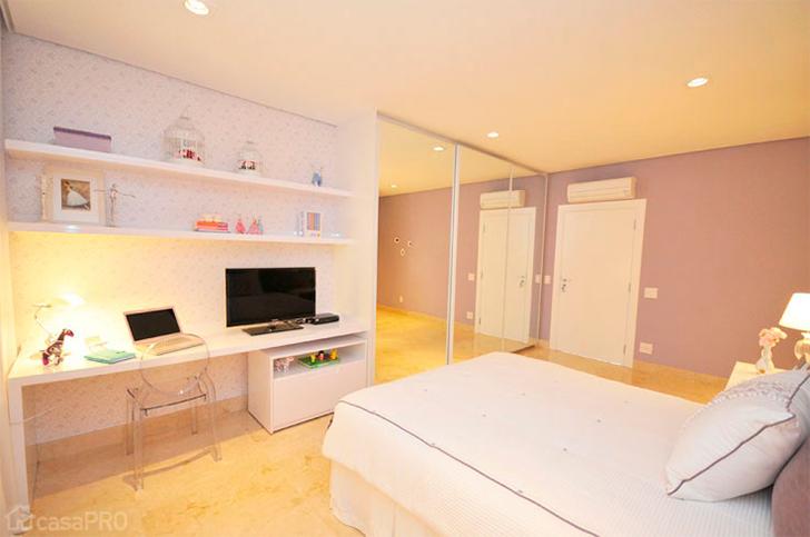 Decoração para quarto com home office integrado 3