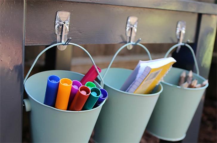 Ganchos adesivos para organizar a casa 6
