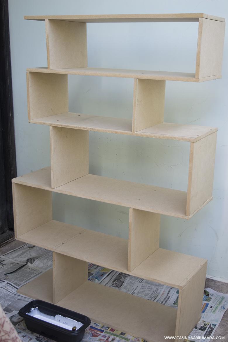 Diy como fazer estante de livros gastando pouco - Estantes reciclados ...