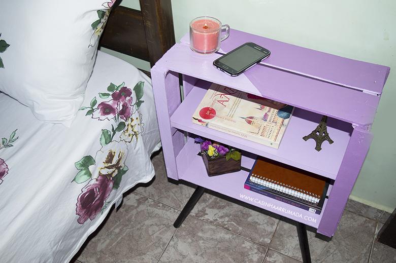DIY Mesinha feita com caixote de feira e cabo de vassoura 1