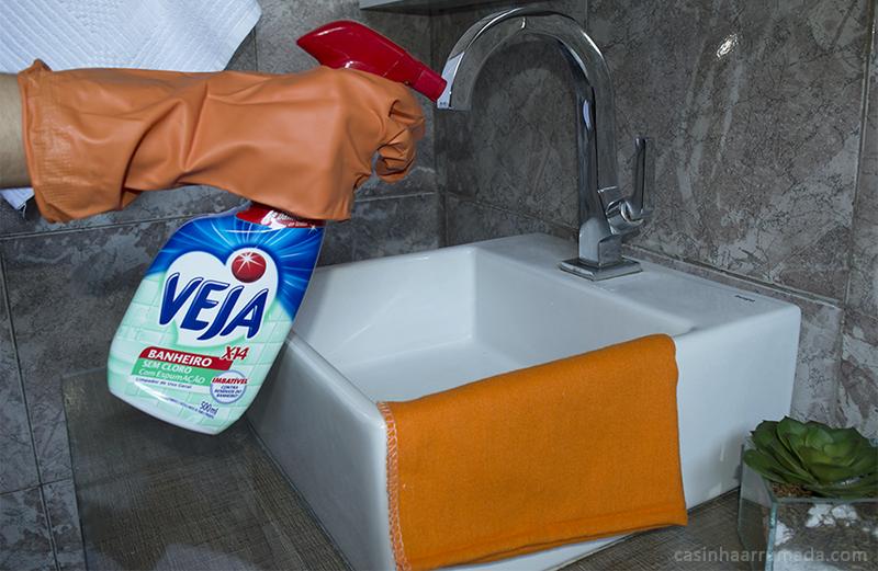 como-limpar-o-banheiro-2-veja-seu-dinheiro-de-volta