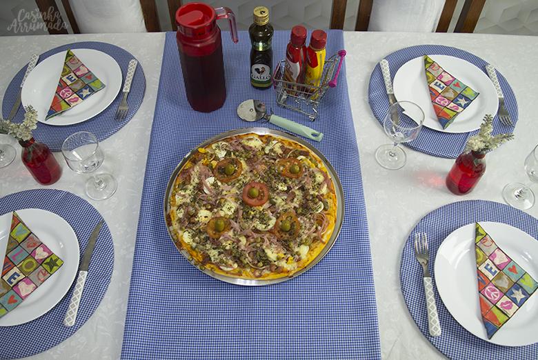Como receber em casa noite da pizza