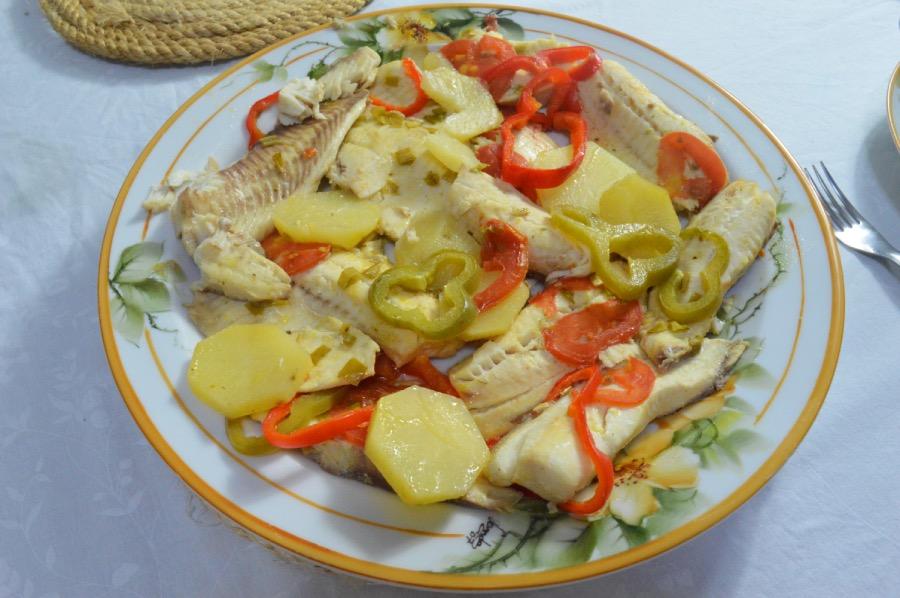 cardápio completo almoço de páscoa filé de tilápia assado