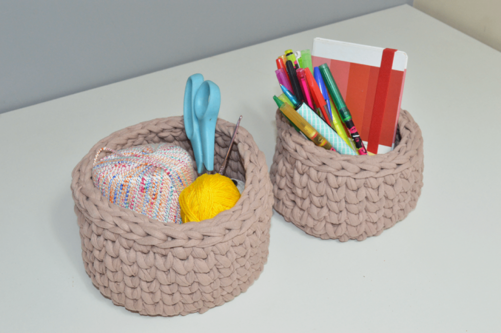 Como vender artesanato pela internet: cesto de crochê com fio de malha