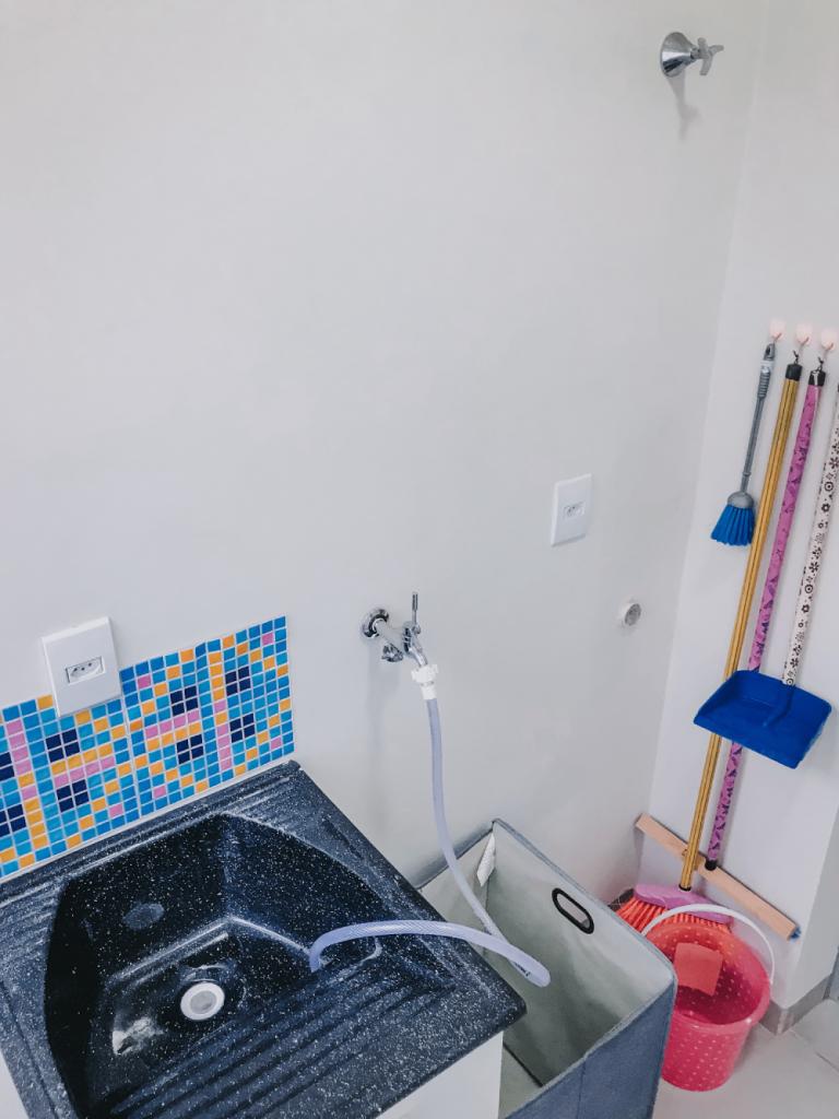 lavanderia organizada gastando pouco